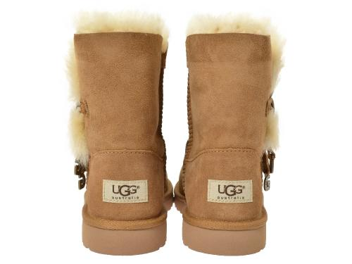 UGG Bailey Button Charms caramel