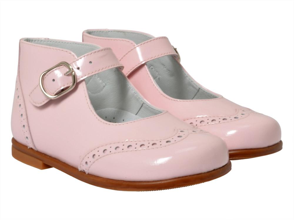Shop Beberlis Shoes